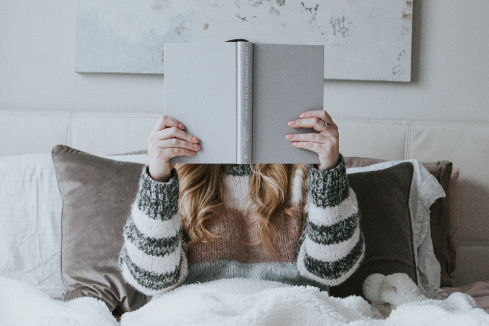 8 Books for Uni Students to Read